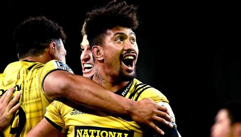 Super Rugby 2019: Beauden Barrett, Jordie Barrett and