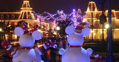 Christmas | DLP Town Square - Disneyland Paris News