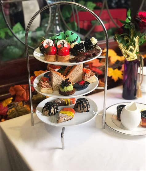 Villain Halloween High Tea at Disneyland Steakhouse 55