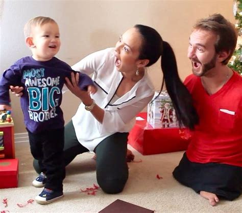 Limbless Evangelist Nick Vujicic and Wife Kanae Pregnant