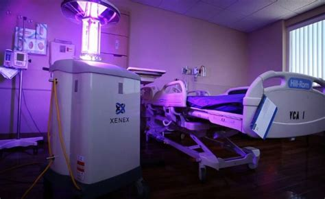 Ebola-killing robots now being used in US hospitals