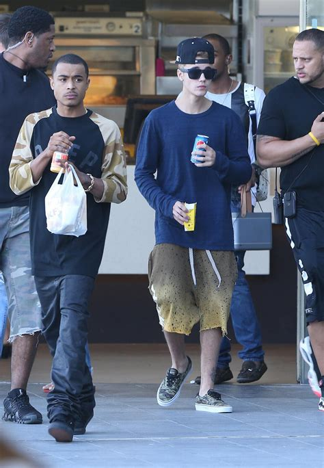 Pictures Archives - Page 2 of 54 - The Justin Bieber