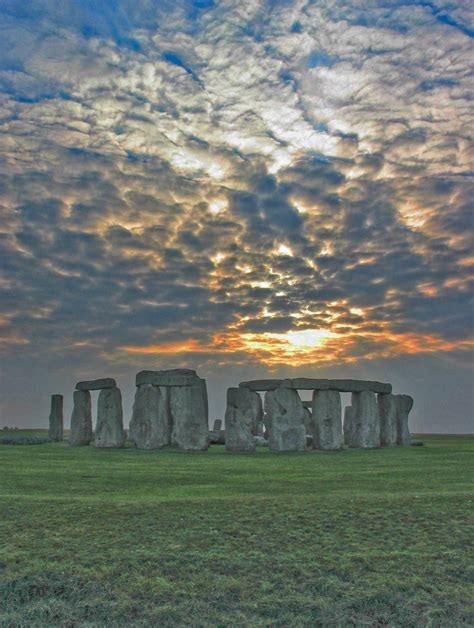 """Stonehenge """"revisited"""" 