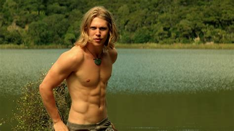 Austin Butler as Wil Ohmsford shirtless in The Shannara