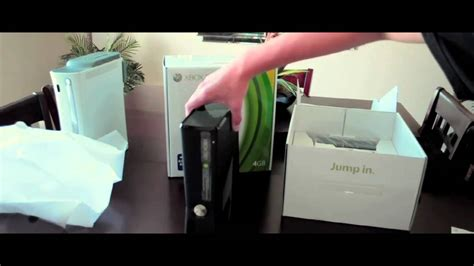 Xbox 360 4GB Slim Console (Unboxing) - YouTube
